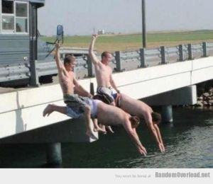 41c7funny-race-crazy-water-jumping
